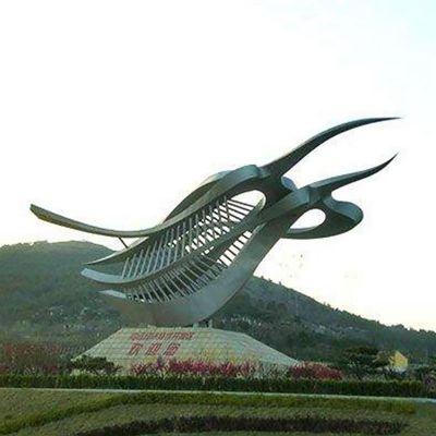 不锈钢树叶双飞鹰  旅游景观雕塑
