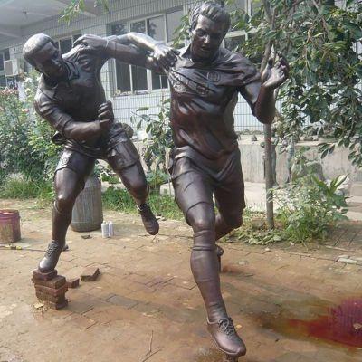 足球运动铜雕,公园人物铜雕