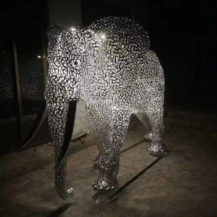 不锈钢公园动物大象