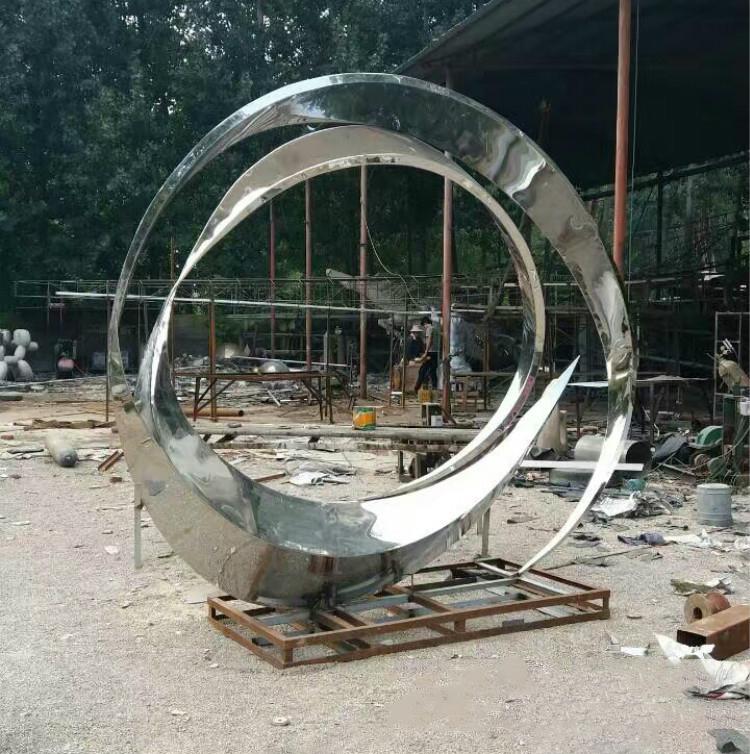 不锈钢抽象镜面景观雕塑