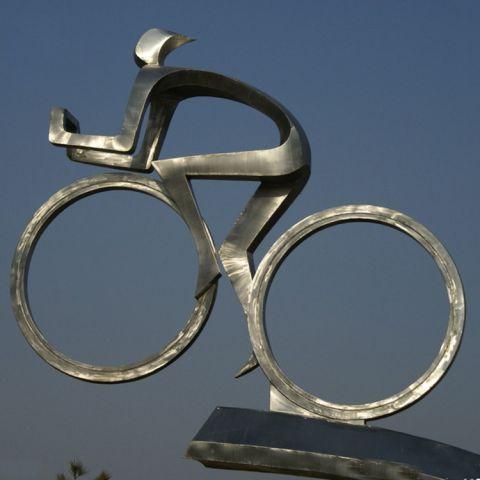 不锈钢广场运动人物雕塑