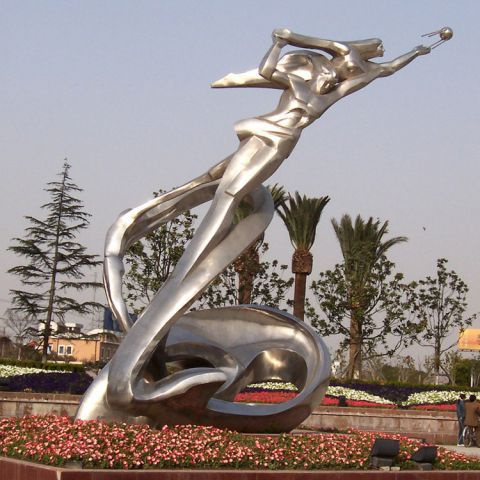 不锈钢情侣人物雕塑