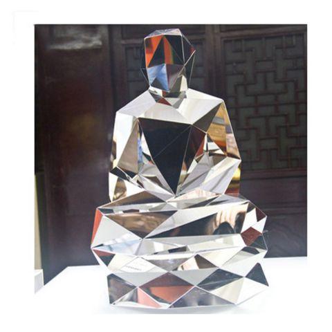 不锈钢菱形人物雕塑