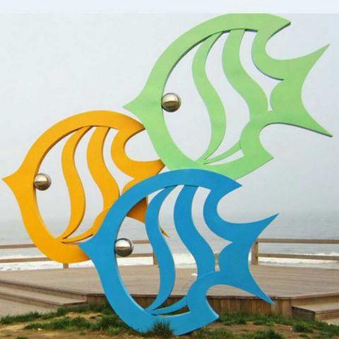 不锈钢小鱼景观雕塑